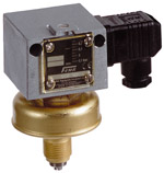 vacuum-switch-for-liquid-gas-vcm.png